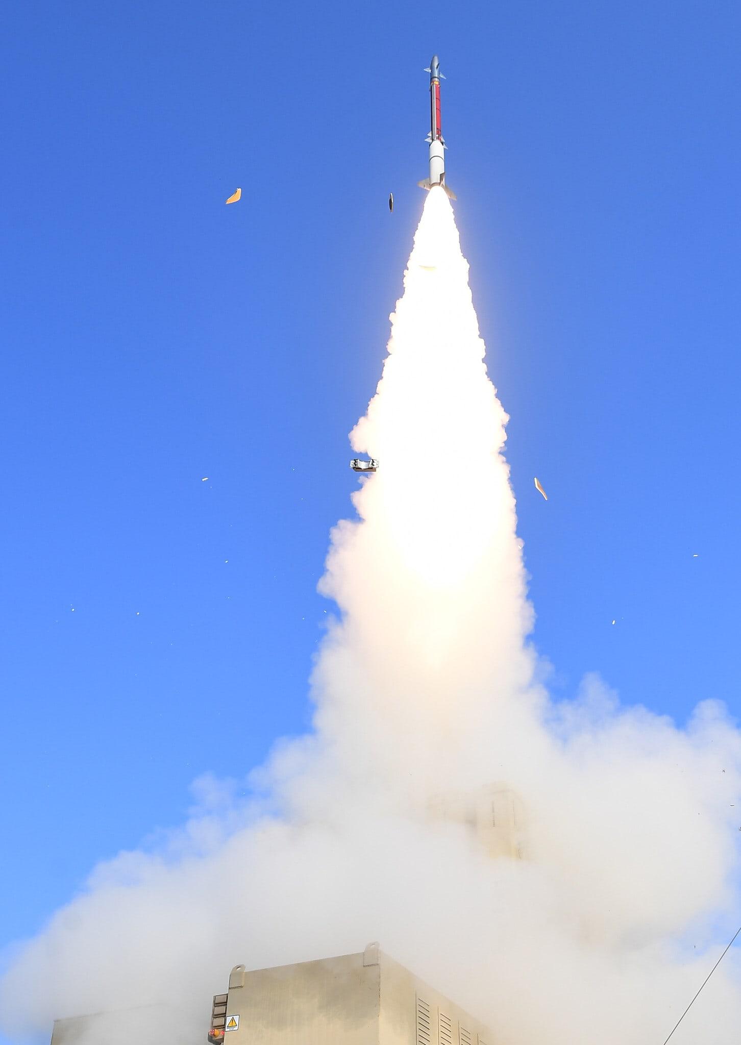 """טיל מיירט מטרת דמה במסגרת תרגיל צה""""ל, דצמבר 2020 (צילום: דוברות משרד הביטחון)"""