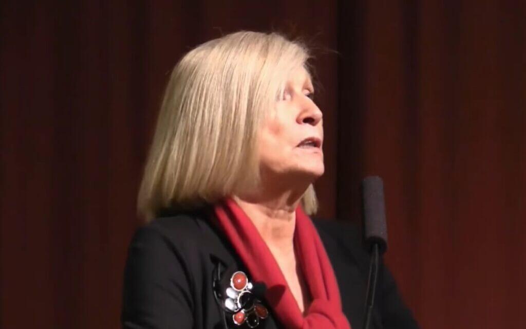 שנטל מוף, צילום מסך מתוך הרצאה שלה: The future of democracy with Chantal Mouffe part 1