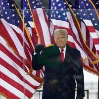 דונלד טראמפ בעצרת עם תומכיו בוושינגטון הבירה, שעות ספורות לפני שהמפגינים יתפרצו לגבעת הקפיטול, 6 בינואר 2021 (צילום: AP Photo/Jacquelyn Martin)