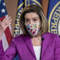 """יו""""ר בית הנבחרים בארה""""ב ננסי פלוסי (צילום: AP Photo/J. Scott Applewhite)"""