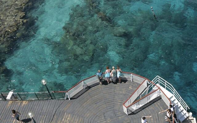 חוף האלמוגים באילת (צילום: אנה קפלן/פלאש90)