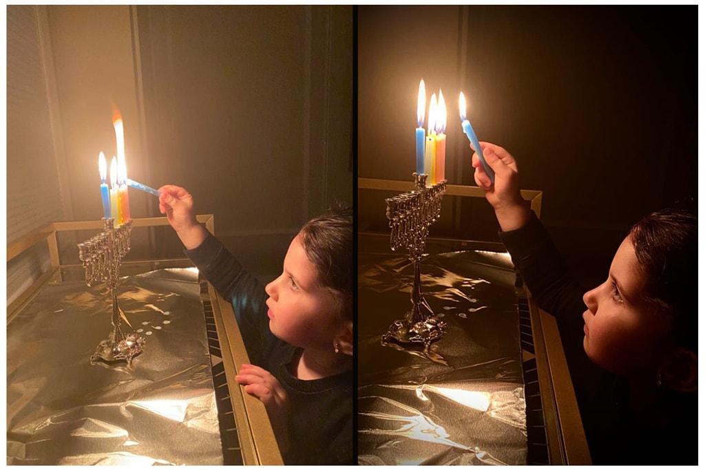 צילומים של אסתי ולדמן, שמתעדים ילד מדליק נרות חנוכה (צילום: ESTIphotography for Between Carpools)