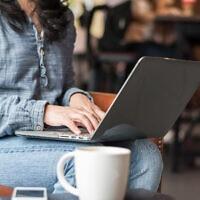 חיפוש באינטרנט, אילוסטרציה (צילום: iStock / Chinnapong)