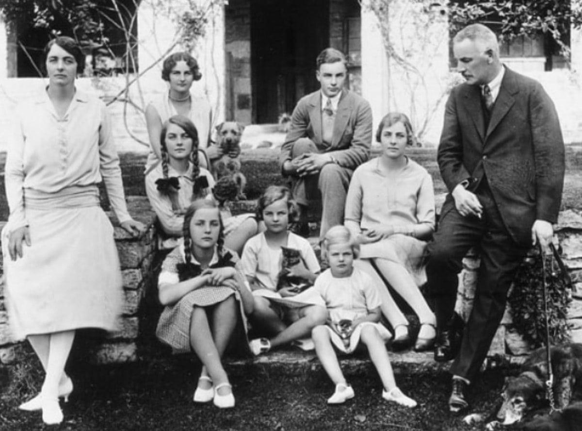 משפחת מיטפורד (צילום: ויקיפדיה)