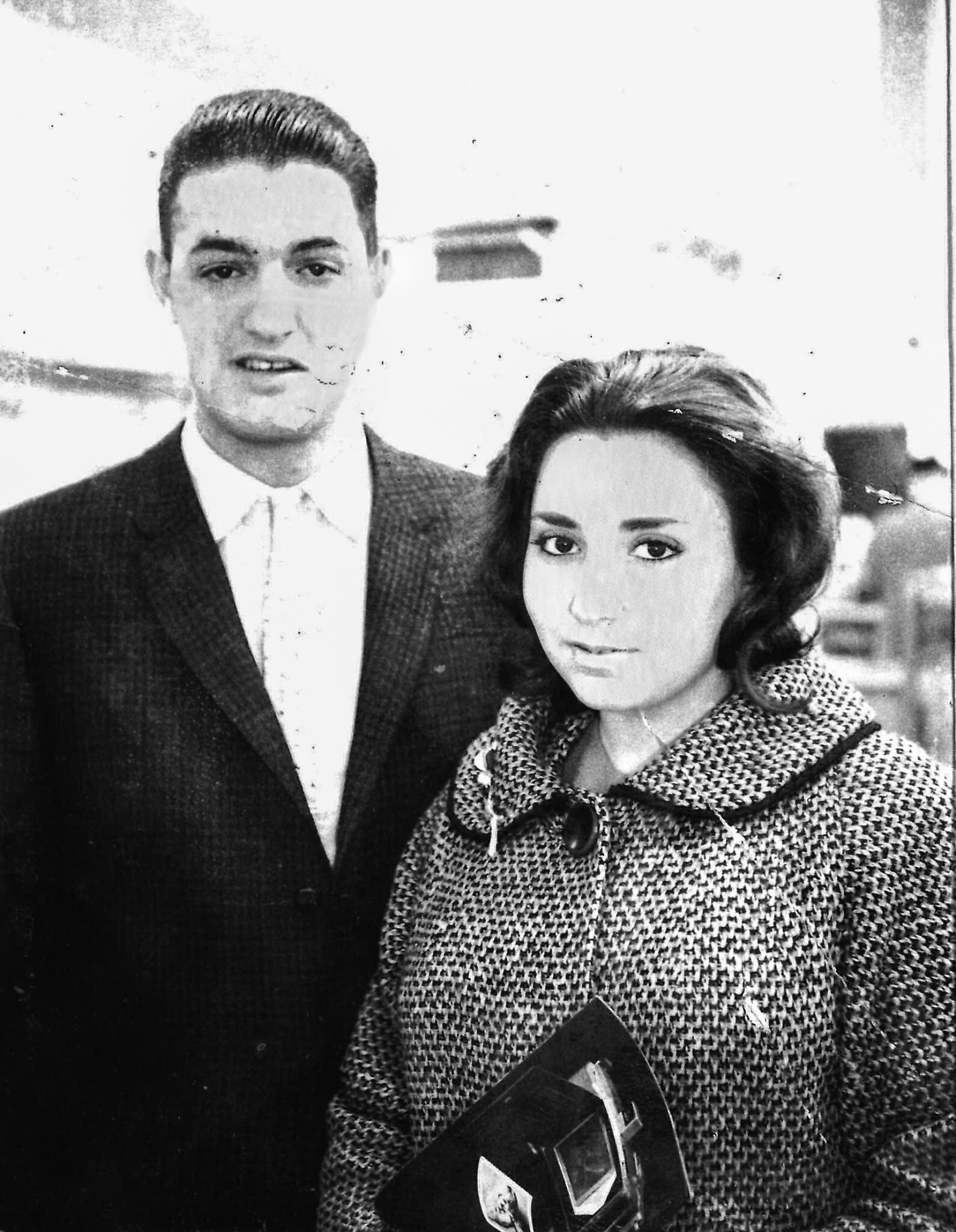מרגרט ארל וג'ורג' כץ, כשמרגרגט היתה בחודש השישי להריונה ולפני שנשלחה למוסד לנשים יהודיות בהריון שאינן נשואות, ב-1961 (צילום: באדיבות מרגרט ארל כץ)