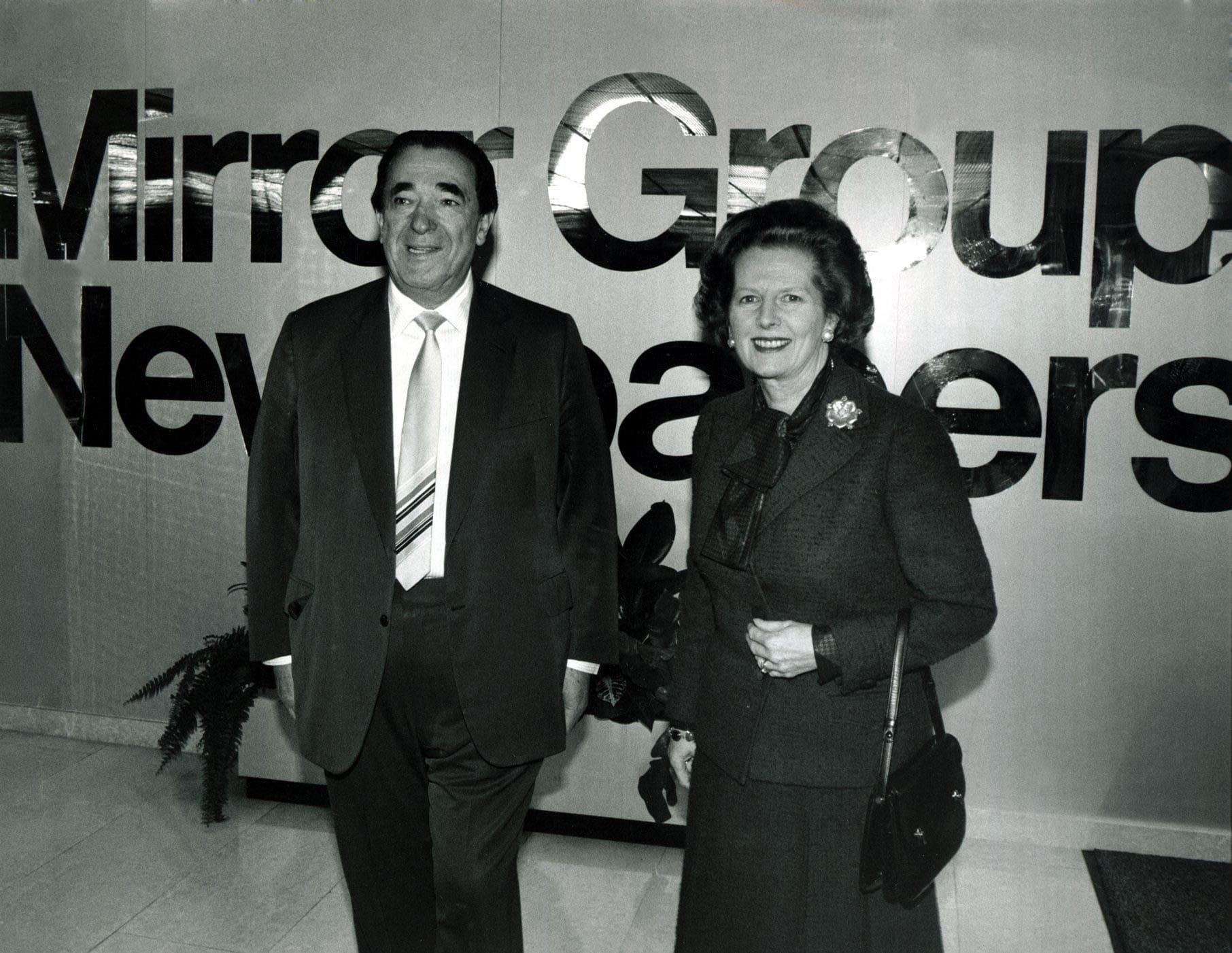 ראש ממשלת בריטניה מרגרת ת'אצר ורוברט מקסוול ב-1985 (צילום: Trinity Mirror / Mirrorpix / AlamyTrinity Mirror / Mirrorpix / Alamy)