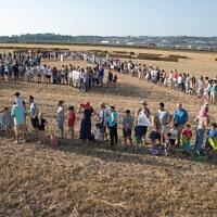 אנשי עמק יזרעאל יוצאים להפגין נגד הקמת שדה תעופה ציבורי בעמק יזרעאל, 22 ביוני 2018 (צילום: ענת חרמוני/פלאש90)