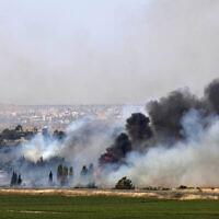 המראה ממעבר הגבול בין ישראל לסוריה בקוניטרה, 6 ביוני 2013 (צילום: AP Photo/Sebastian Scheiner)