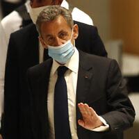 נשיאהּ לשעבר של צרפת, ניקולא סרקוזי, בבית המשפט בפריז, 1 במרץ 2021 (צילום: Michel Euler, AP)