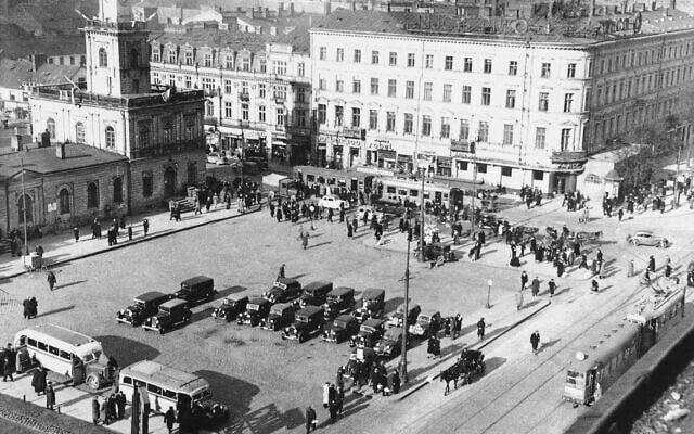 מרכז ורשה ביום שבו פרצה מלחמת העולם השנייה, 1 בספטמבר 1939 (צילום: AP)