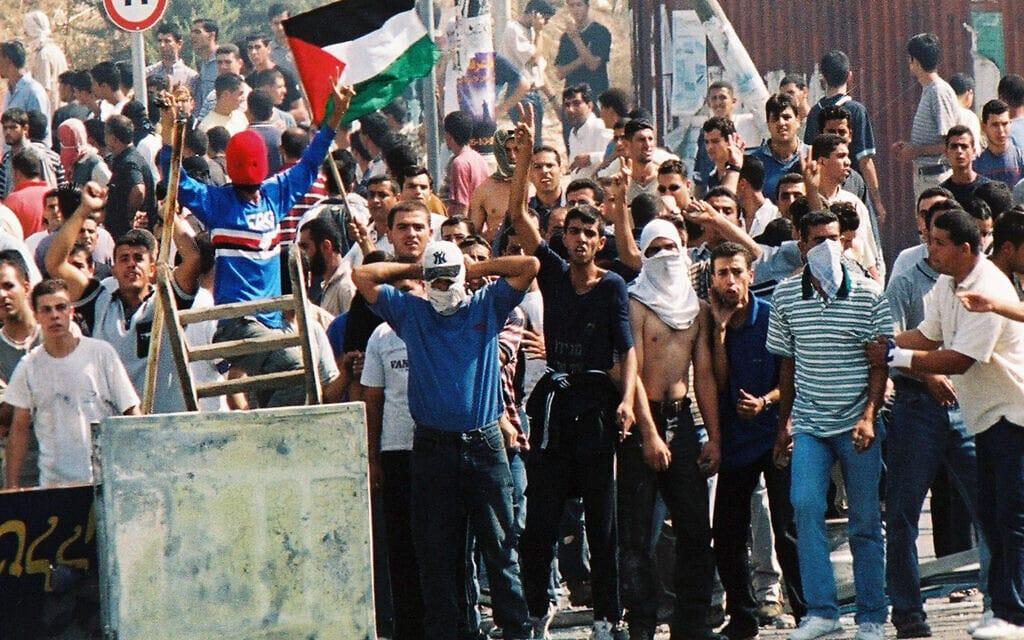 הפגנות באום אל פחם באוקטובר 2000 (צילום: יוסי זמיר/פלאש90)