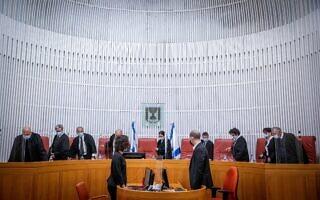 בית המשפט העליון דן בעתירה האם לפסול את אבתיסאם מראענה מלרוץ לכנסת. 24 בפברואר 2021 (צילום: יונתן זינדל/פלאש90)