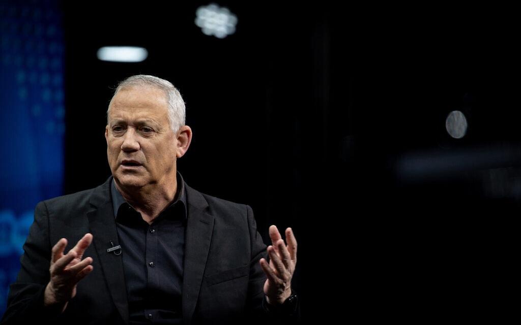 ראש הממשלה החליפי בני גנץ בוועידת המשפיעים של חברת החדשות ושל קשת בירושלים, 7 במרץ 2021 (צילום: יונתן זינדל, פלאש 90)