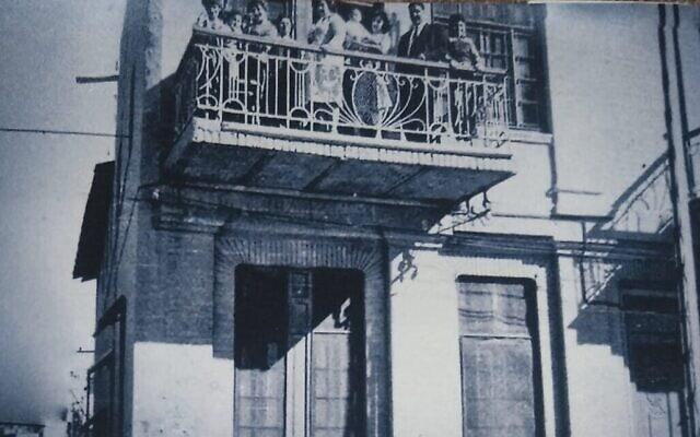 בית סבו של דניאל ששון בדיוואניה (צילום: באדיבות דניאל ששון)
