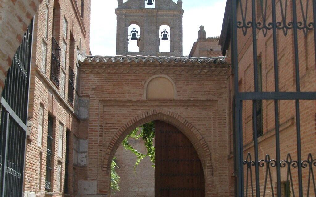 רחוב בטורדסיאס שבספרד (צילום: באדיבות מרג'ורי סנדור)