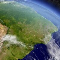יערות הגשם בברזיל מהחלל (צילום: Harvepino / iStock)
