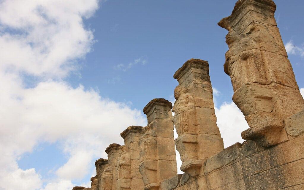 ארכיון: העתיקות בקירנה, לוב, נכון ל-2007 (צילום: AP Photo/Nasser Nasser)