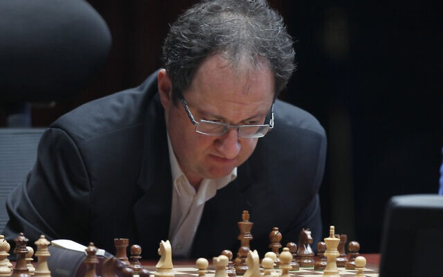 בוריס גלפנד באליפות העולם בשחמט, 30 במאי 2012 (צילום: AP Photo/Misha Japaridze)
