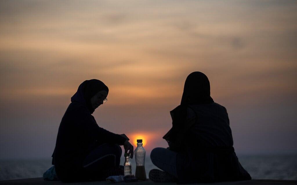 רמדאן בלבנון, 15 באפריל 2021 (צילום: AP Photo/Hassan Ammar)