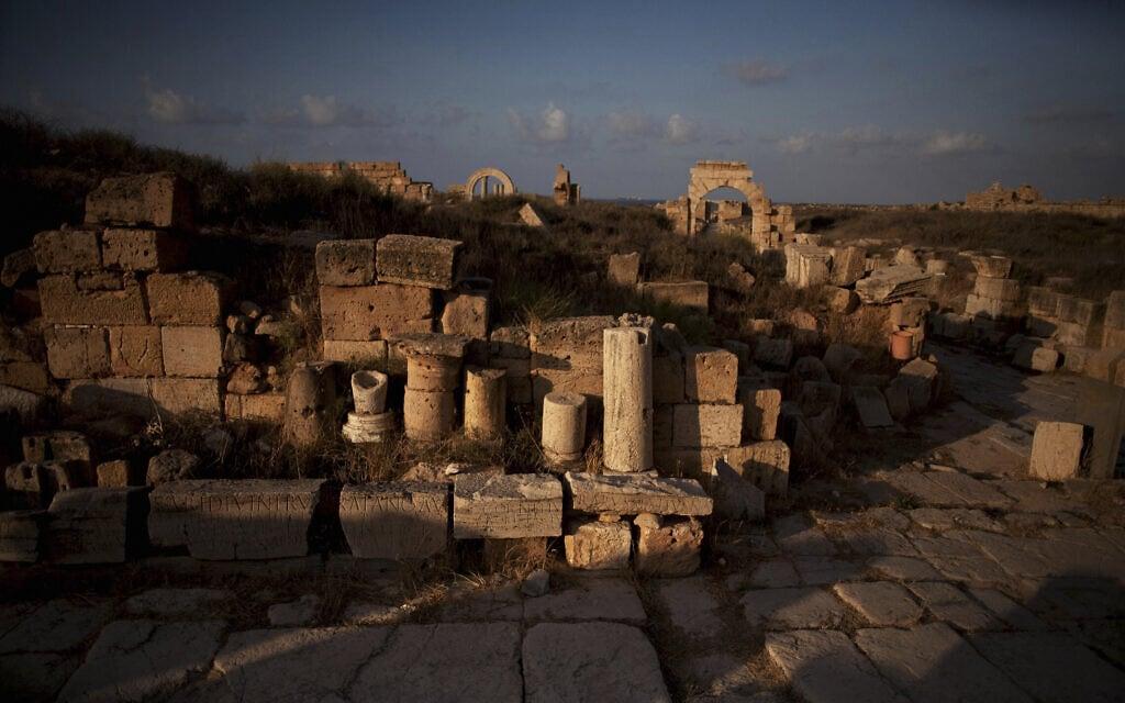 ארכיון: העתיקות בלפטיס מגנה נכון ל-2012 (צילום: AP Photo/Manu Brabo)