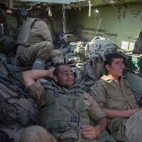 מילואימניקים בגבול עזה, 2014, אילוסטרציה (צילום: Yonatan Sindel/Flash90)