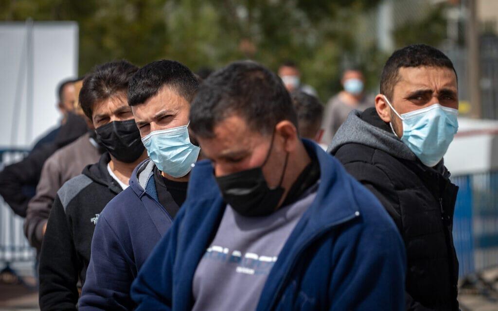 תושבי מזרח ירושלים במהלך הקורונה (צילום: אוליבייה פיטוסי/פלאש90)