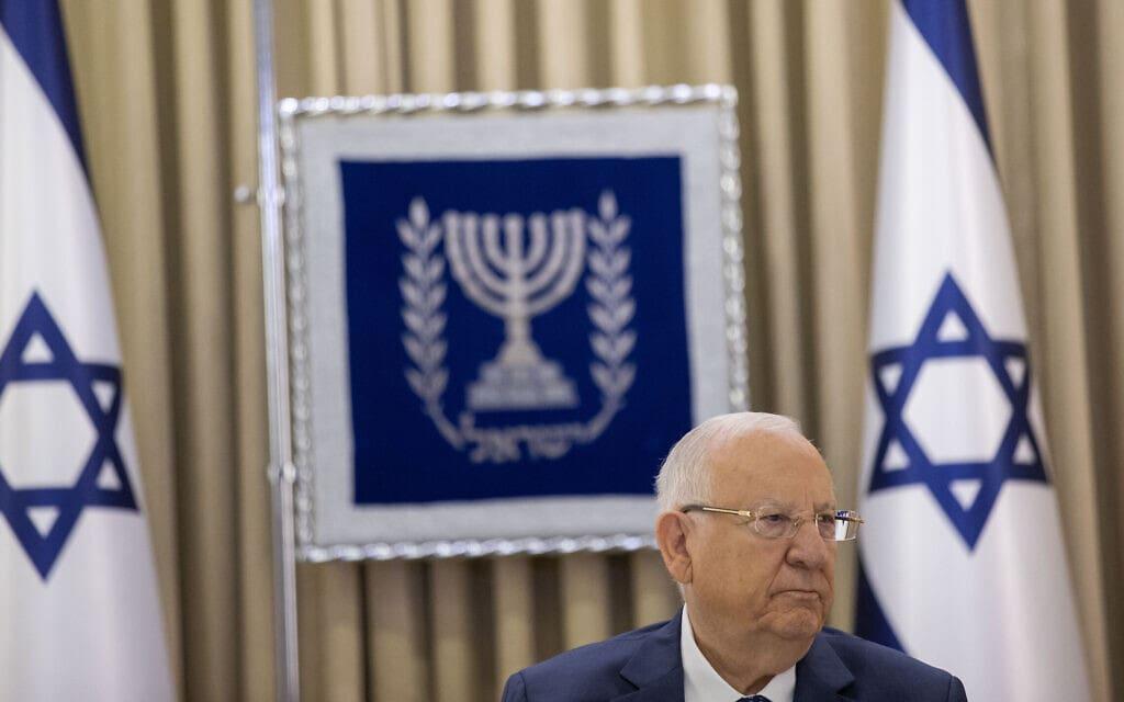 נשיא המדינה ראובן (רובי) ריבלין בבית הנשיא בירושלים, 5 באפריל 2021 (צילום: יונתן זינדל, פלאש 90)