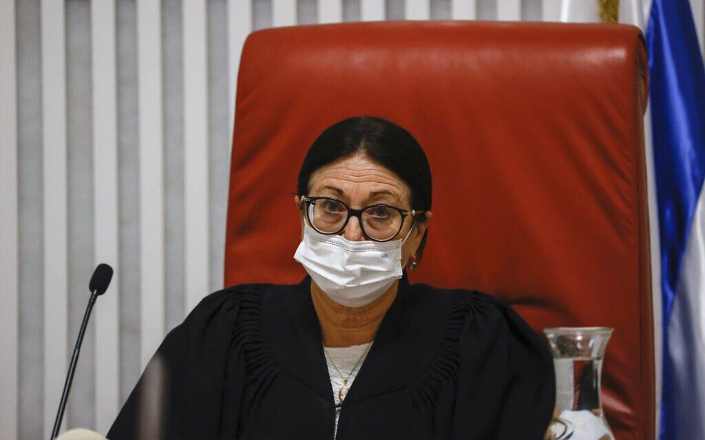 נשיאת בית המשפט העליון, השופטת אסתר חיות (צילום: יונתן זינדל, פלאש 90)