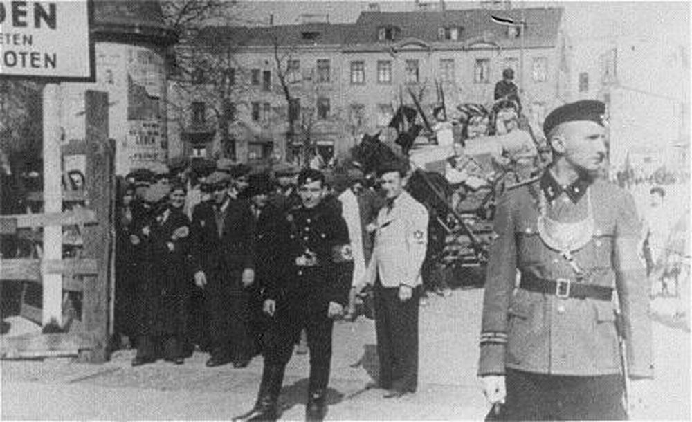 שוטרים בכניסה לגטו לודז'