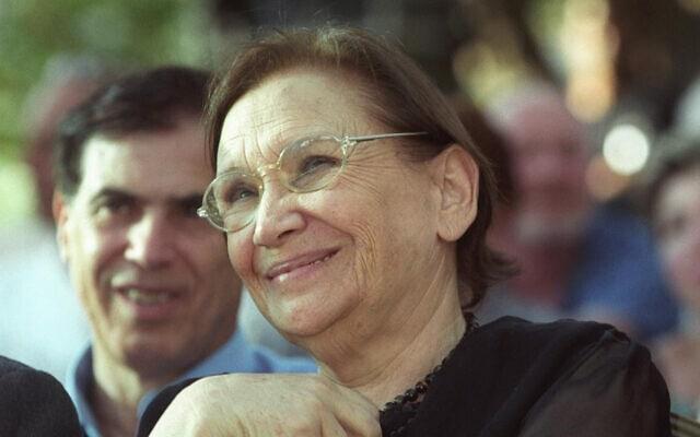 נעמי שמר ב-2004 (צילום: פלאש90)