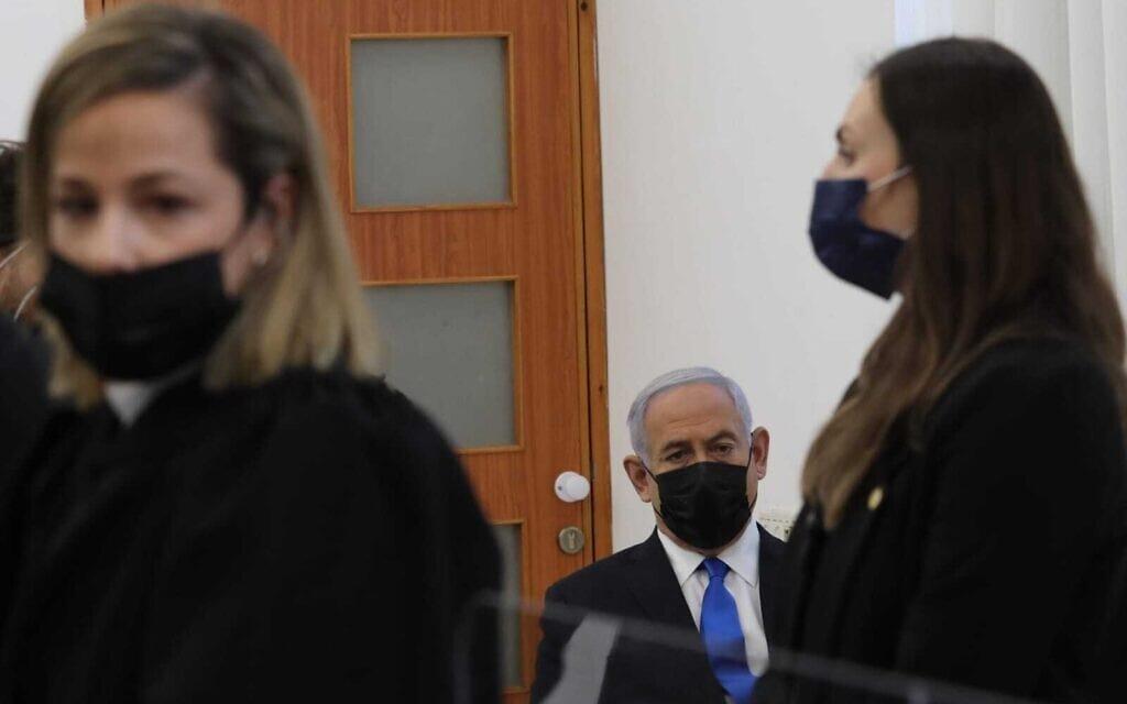 נתניהו בפתיחת שלב ההוכחות במשפטו, 5 באפריל 2021 (צילום: אורן בן חקון/פול)