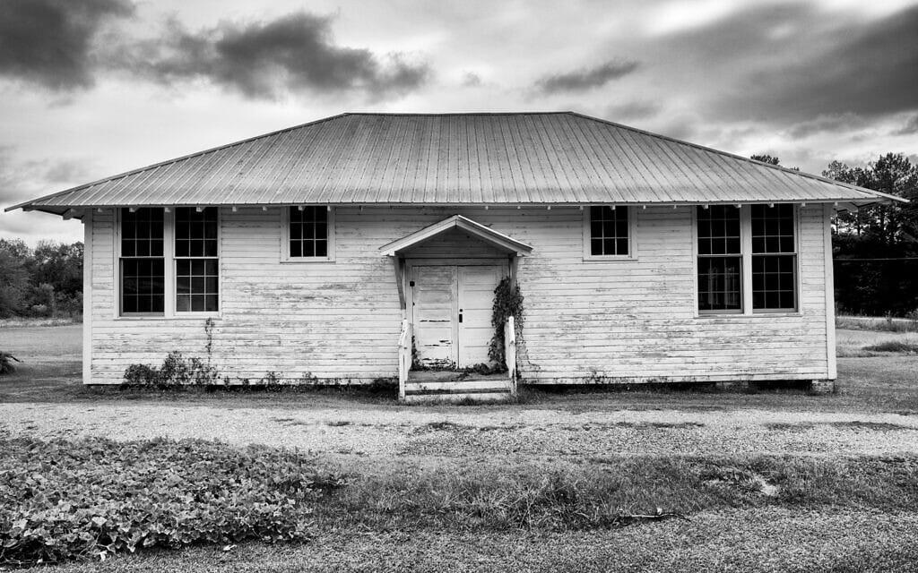 בית הספר אמורי בהייל קאונטי, אלבמה, הוא ככל הנראה בית הספר הישן ביותר ששרד מרשת רוזנוולד (צילום: אנדרו פיילר)