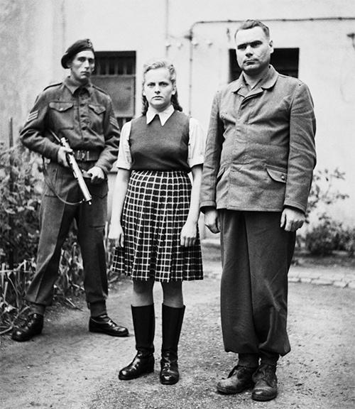 השומרת הנודעת לשמצה ופושעת המלחמה הנאצית אירמה גרזה היתה אחת הנשים שניצלו את מעגל התפירה