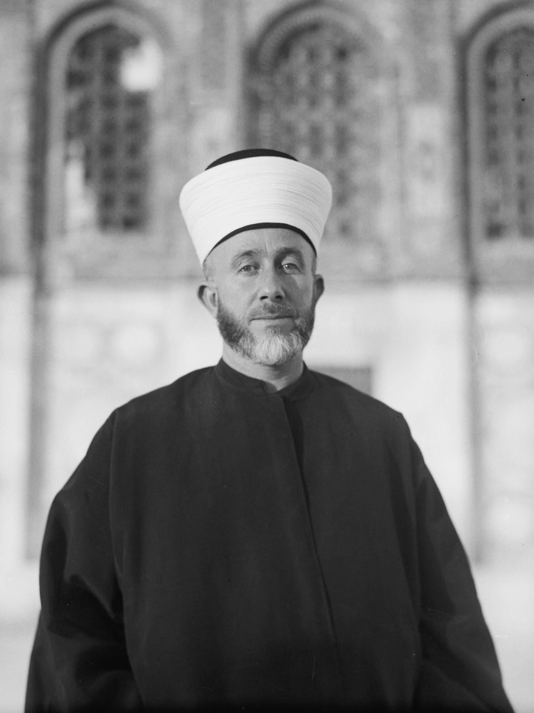 המופתי של ירושלים חאג' אמין אל-חוסייני ב-1929