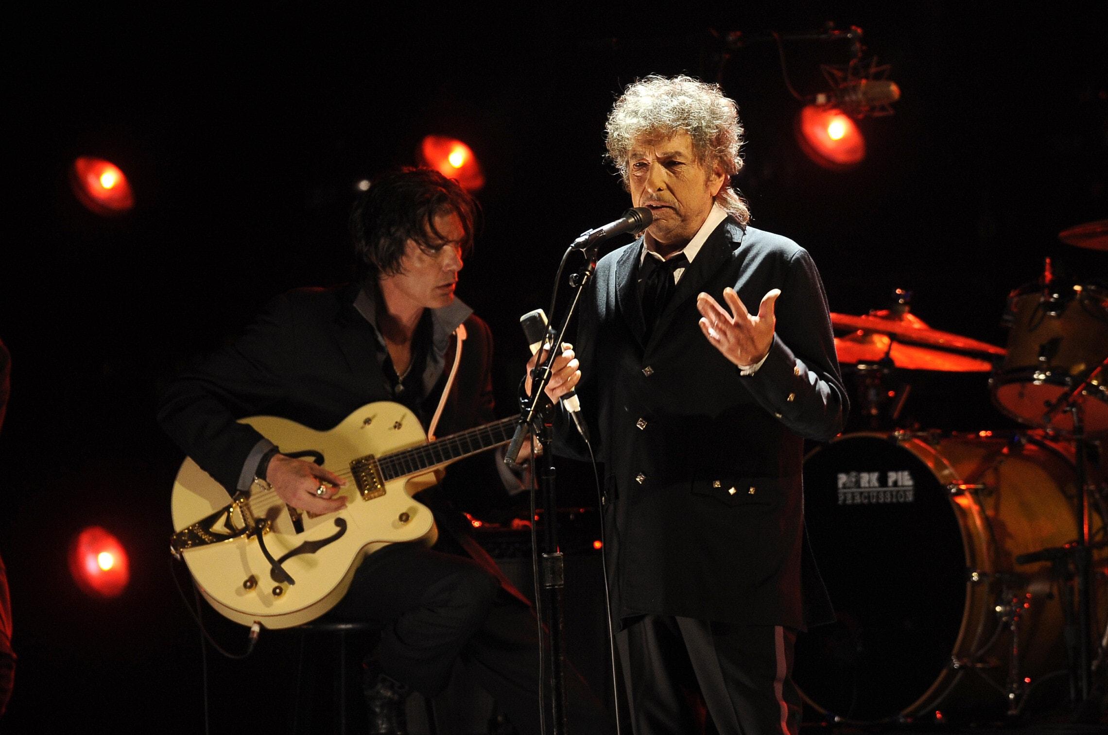 בוב דילן בהופעה ב-2012 (צילום: AP Photo/Chris Pizzello)