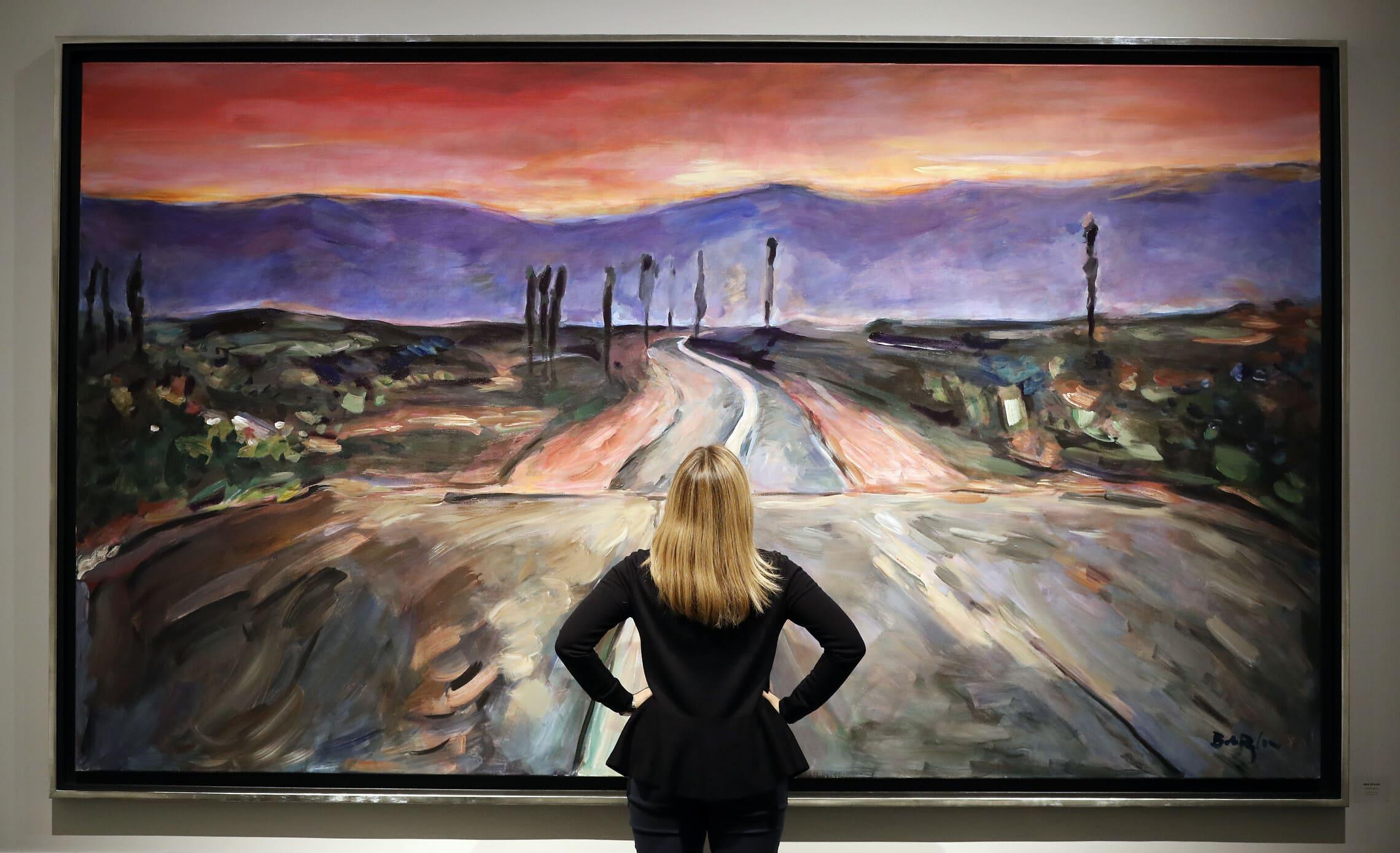 אחת מיצירותיו של בוב דילן בתערוכה של ציוריו בגלריה הלסיון בלונדון, נובמבר 2016 (צילום: AP Photo/Kirsty Wigglesworth)