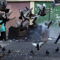 רחוב בביירות, לבנון (צילום: AP Photo/Hassan Ammar)