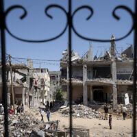 ההריסות בשכונת בית חאנון בצפון רצועת עזה, 26 במאי 2021 (צילום: AP Photo/John Minchillo)