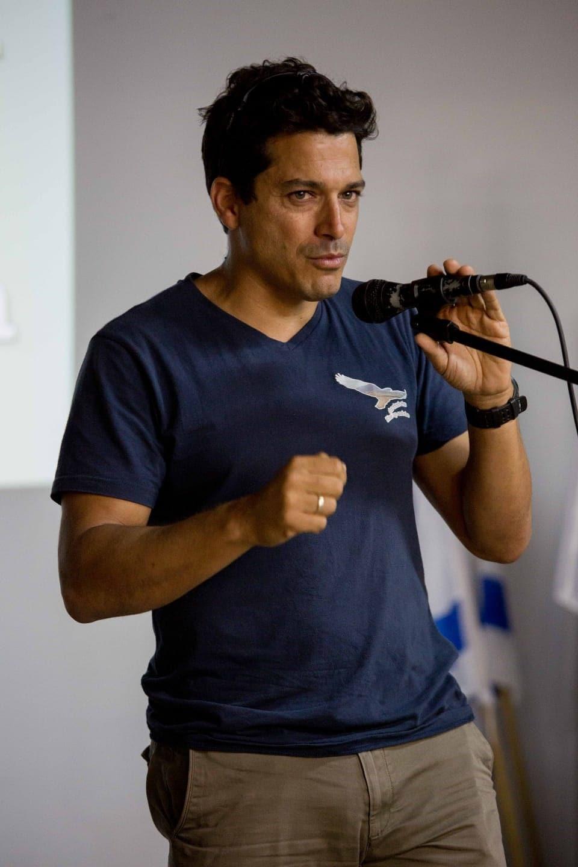עמיחי שיקלי (צילום: תומר בן אבי/ויקיפדיה)