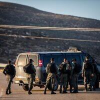 """שוטרי מג""""ב, ארכיון; למצולמים אין קשר לדיווח (צילום: יונתן זינדל, פלאש 90)"""