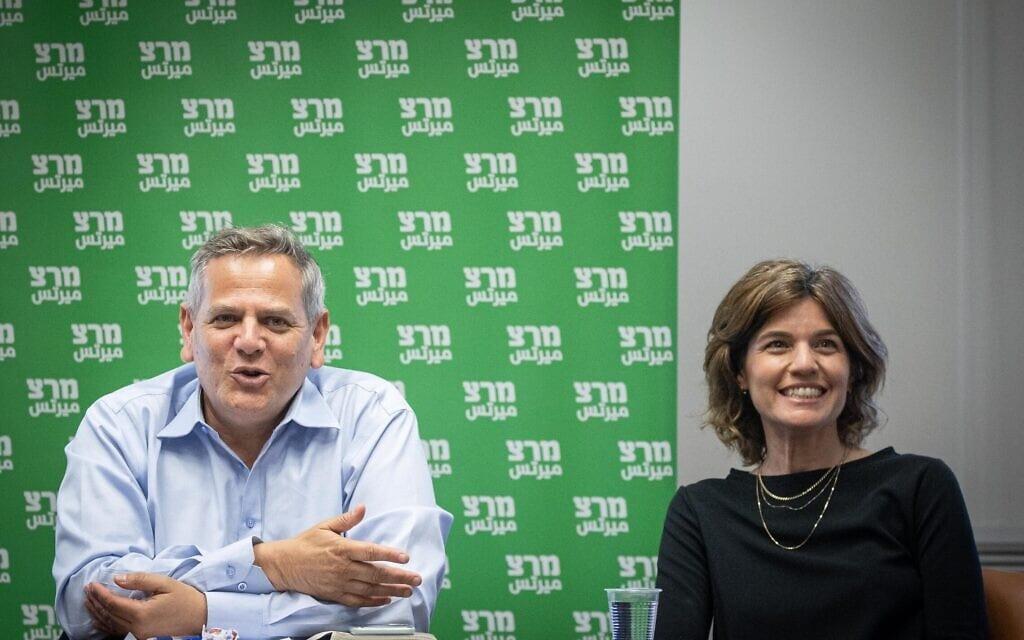 ניצן הורוביץ ותמר זנדברג בחדר סיעת מרצ בכנסת, 26 באפריל 2021 (צילום: יונתן זינדל, פלאש 90)