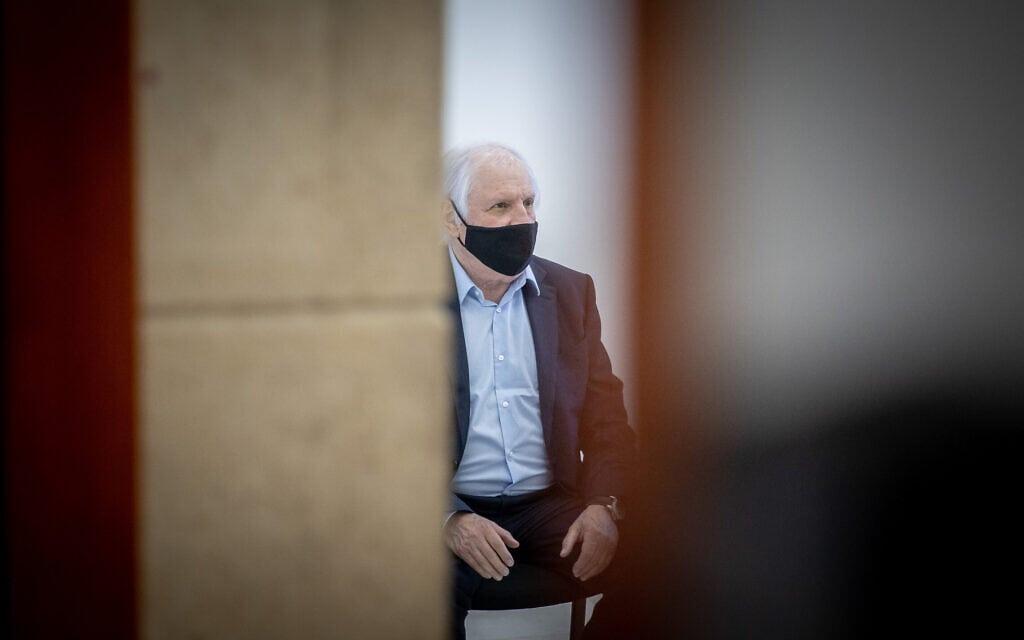 שאול אלוביץ' בבית המשפט המחוזי בירושלים, 4 במאי 2021 (צילום: יונתן זינדל, פלאש 90)