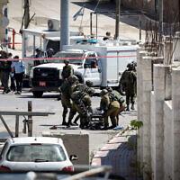 חיילים בחברון. התמונה לא קשורה לדיווח (צילום: Wisam Hashlamoun/FLASH90)