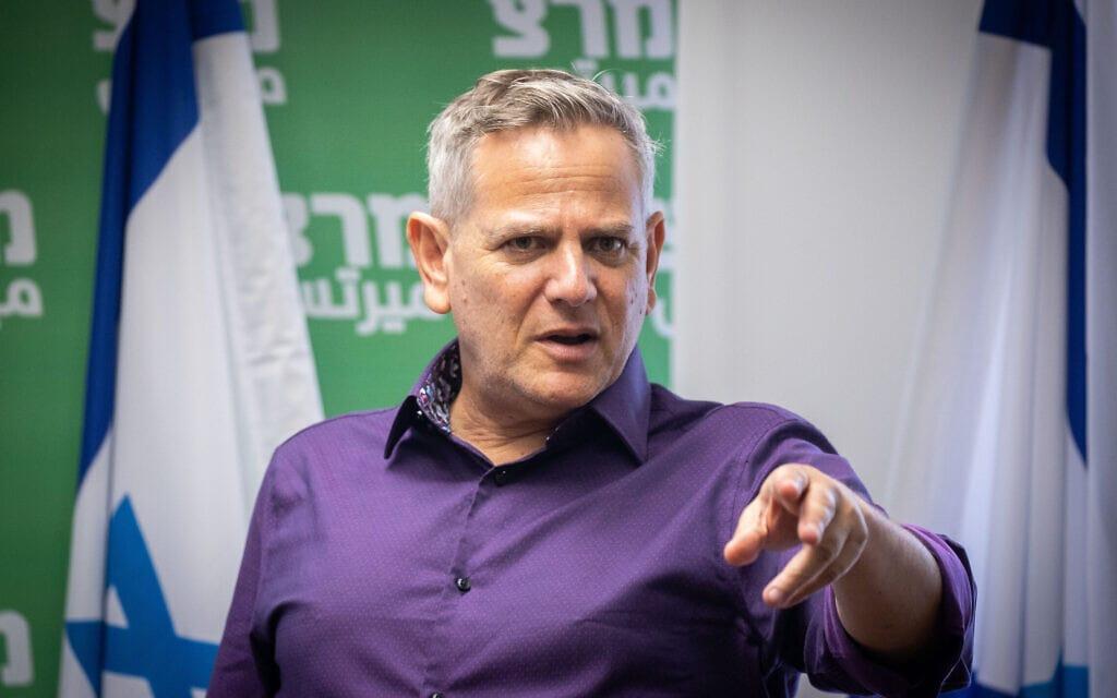 ניצן הורוביץ בחדר סיעת מרצ בכנסת, 31 במאי 2021 (צילום: יונתן זינדל, פלאש 90)