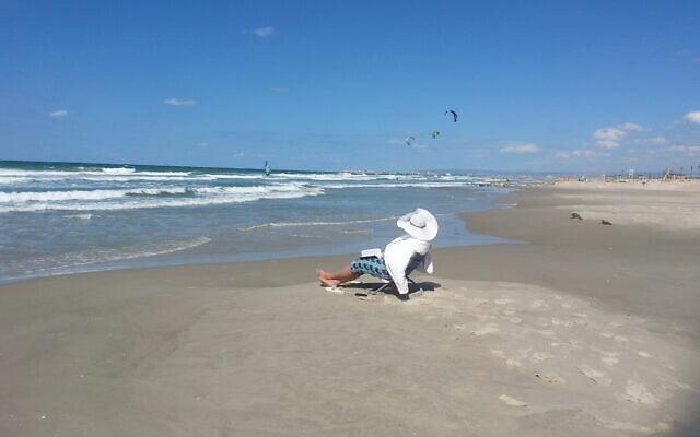 """חוף קרית חיים ב-2012 (צילום: שירלי מנדלוביץ, מרכז להב""""ה קרית מוצקין)"""
