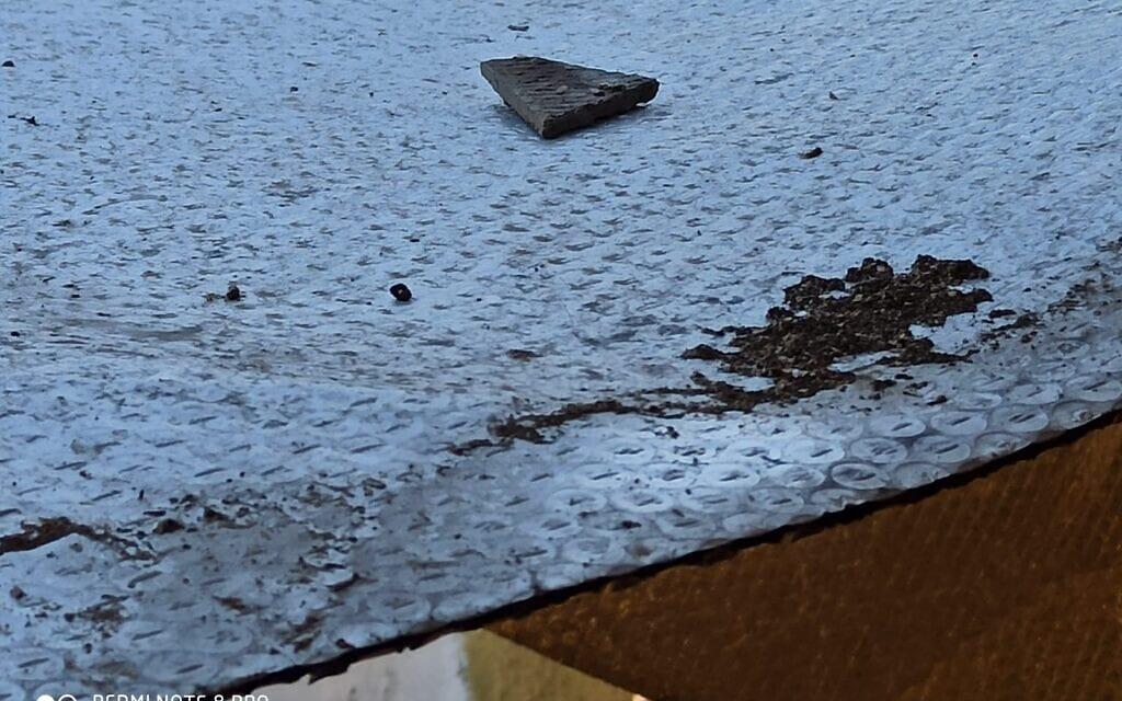 מפגע האסבסט ברחוב התאנה בנהריה