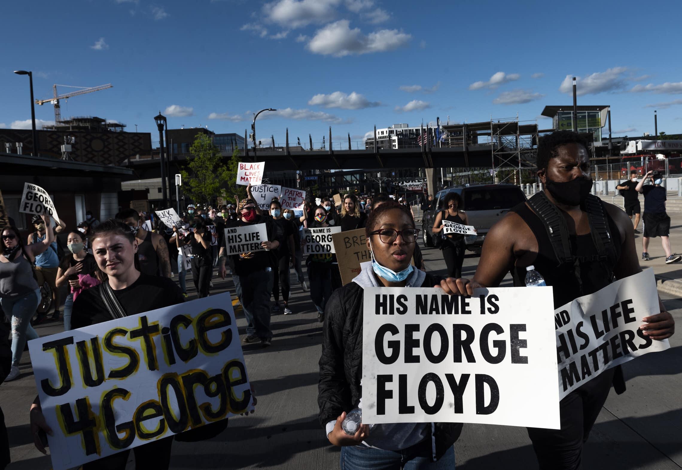 הפגנות בעקבות מותו של ג'ורג' פלויד במיניאפוליס, 29 במאי 2020 (צילום: Stephen Maturen/Getty Images via JTA)
