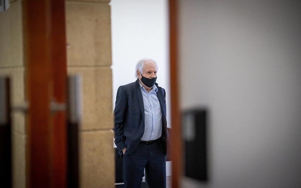 שאול אלוביץ' בבית המשפט המחוזי בירושלים, 1 ביוני 2021 (צילום: יונתן זינדל, פלאש 90)