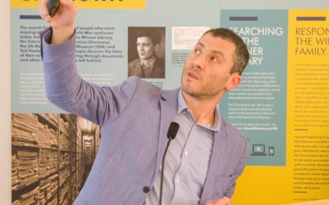 """פרופסור דן סטון, מאוצרי התערוכה """"צעדות המוות: עדויות וזיכרון"""" (צילום: באדיבות המצולם)"""