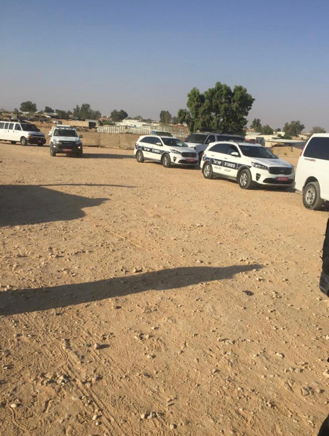 כוחות המשטרה והסיירת הירוקה בביר האדג' ביום השבעת הממשלה, 12 ביוני 2021 (צילום: סלמאן אבן חמיד)